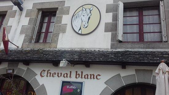 Plourin-les-Morlaix, Francia: Restaurant très sympathique et très bon au centre du bourg