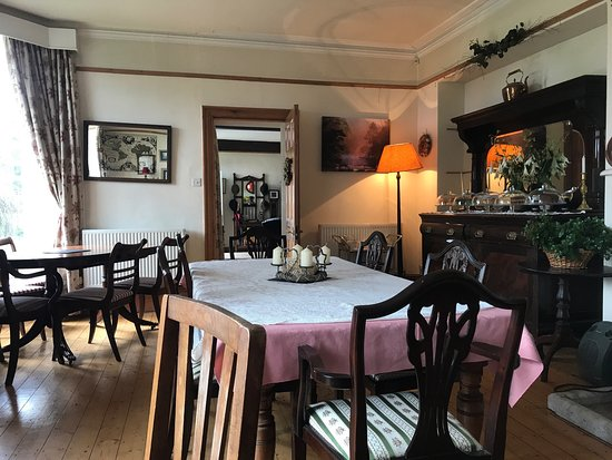 The Hollow Dining Room Tea Garden And Bed And Breakfast Bakewell Restaurant Reviews Photos Phone Number Tripadvisor