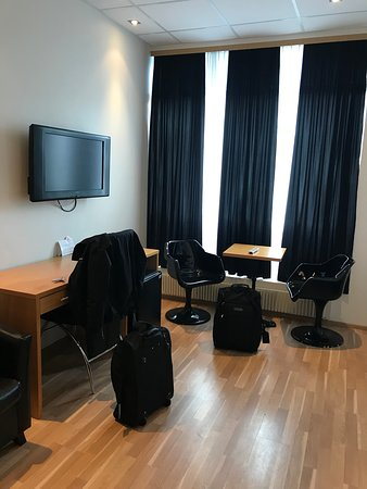 4th Floor Hotel Resmi