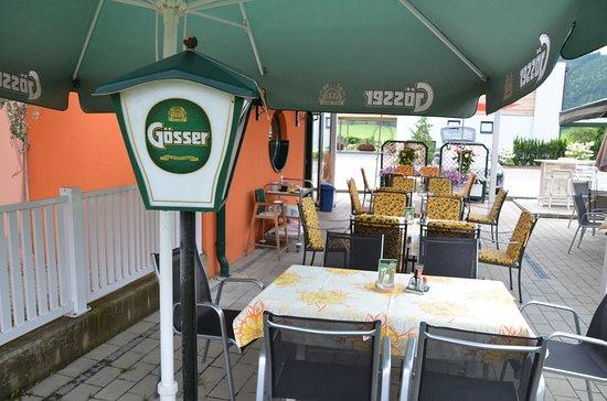 Knittelfeld, النمسا: Terasse