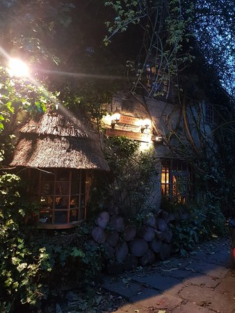 Wizards Thatch at Alderley Edge: Front of property