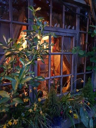 Wizards Thatch at Alderley Edge: Front window