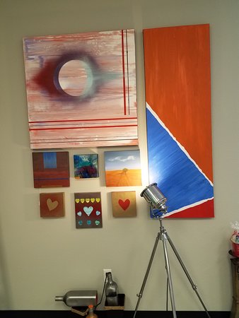 Conroe, TX: Artist display