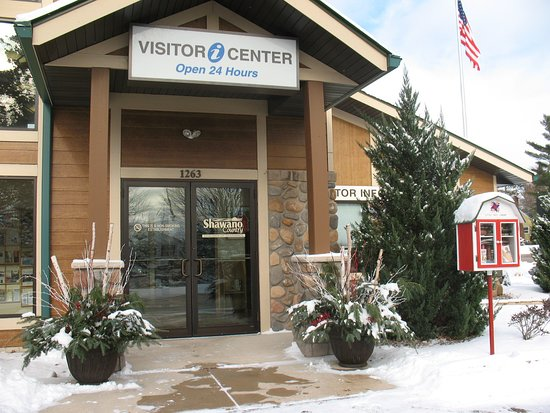 Shawano Country Chamber of Commerce & Visitor Center: Our Visitor Information Center is open Year 'round.