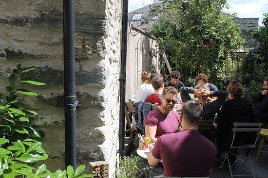 Bara Menyn Bakehouse & Cafe: Suntrap patio