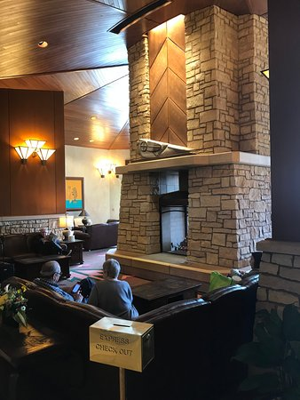 Soaring Eagle Casino & Resort: lobby