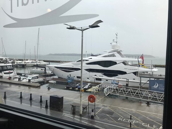 Banana Wharf Poole: Overlooking the boat haven