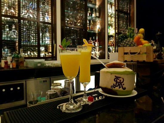 The St Regis Bar : 20180427_214104_large.jpg