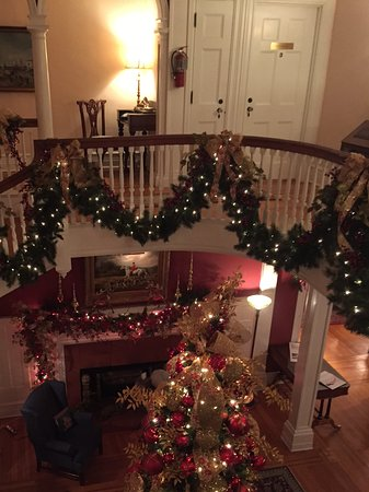Berryville, VA: Christmas at the Manor