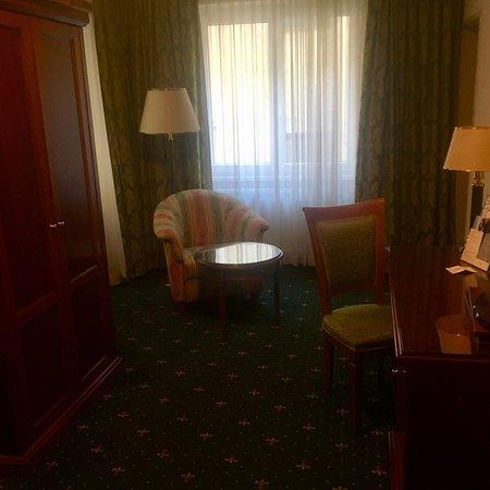 Junior Suite nr. 101, con letto-salotto-bagno-cucina - Picture of ...