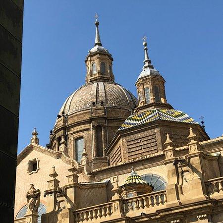 Basílica de Nuestra Señora del Pilar: photo0.jpg