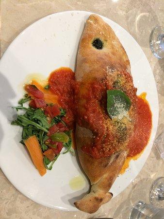 Zafferelli - Naturally Italian.: Vegetarian calzone