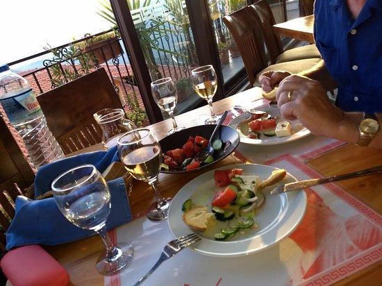Iniohos Restaurant: IMG_20180425_194707182_large.jpg
