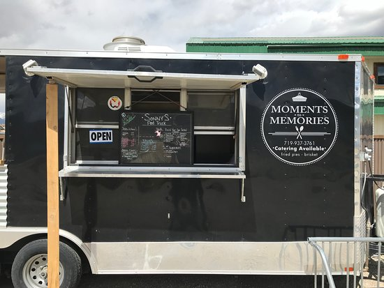 Poncha Springs, CO: Food truck the day we visited
