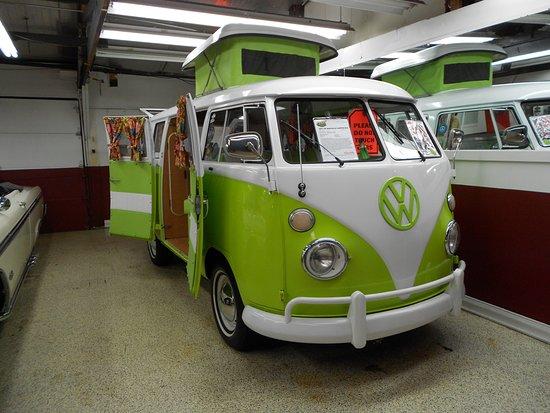 Volo, IL: VW Bus
