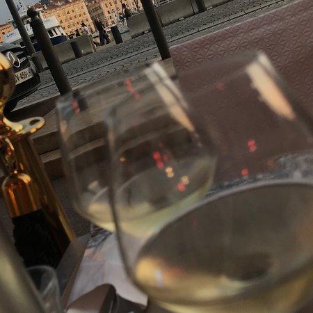Le Petit Pernod-bild
