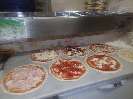 Mister pizza (クザーノ・ミラニーノ) の口コミ1件 - トリップアドバイザー