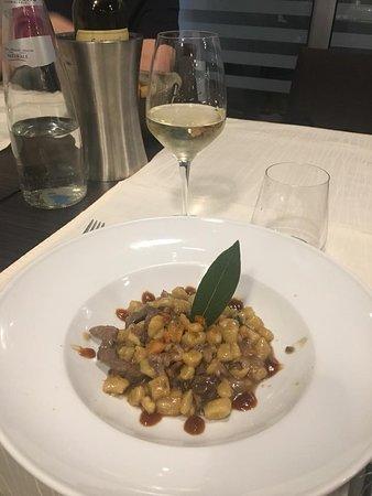 Wave Restaurant: gnocchetti con fegatelli