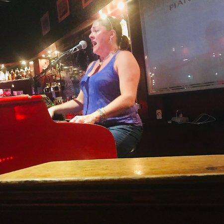 Sopranos Piano Bar: photo0.jpg