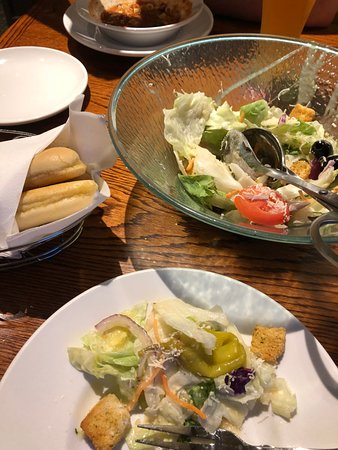 Newington, NH: The best part of the meal – Salad & Breadsticks