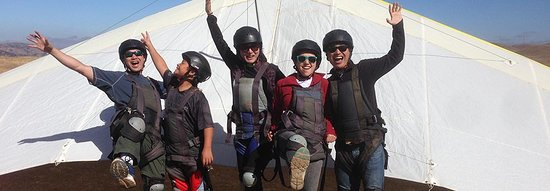 Tres Pinos, Καλιφόρνια: Group rates available - it's fun to fly with friends.