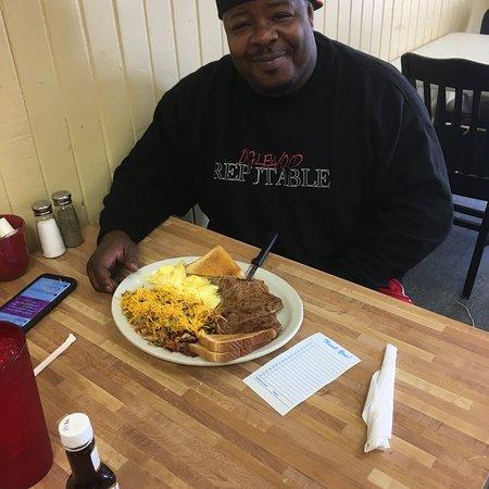 Dayton, TX: Large portions