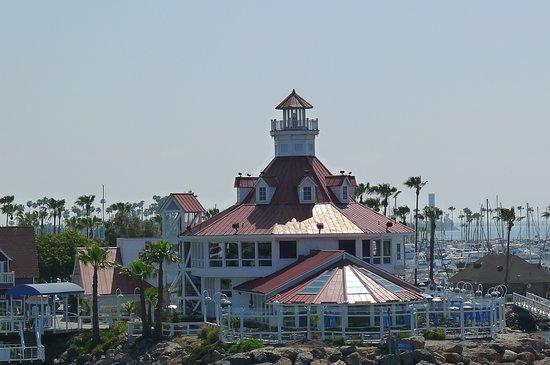 Long Beach Waterfront Parker S Lighthouse Restaurant