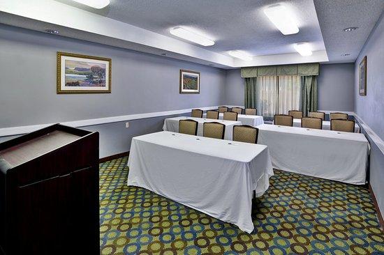 Monroeville, AL: Meeting room