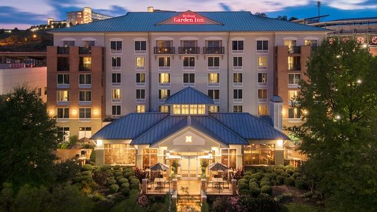 Hilton Garden Inn Chattanooga Downtown 159 1 9 9 Updated 2018 Prices Hotel Reviews