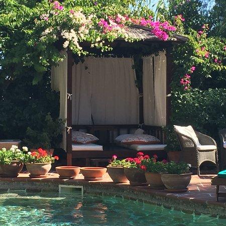 El Vino Hotel & Suites: photo2.jpg