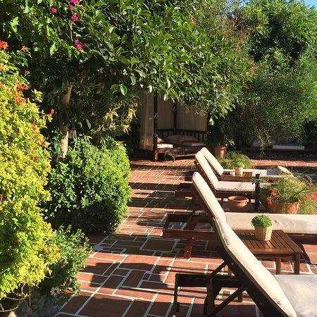 El Vino Hotel & Suites: photo3.jpg