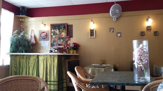 Royal SIAM Thai Restaurant: Interior