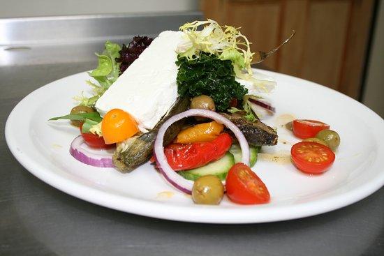 Fourpence Cafe & Shoppe : Feta Salad