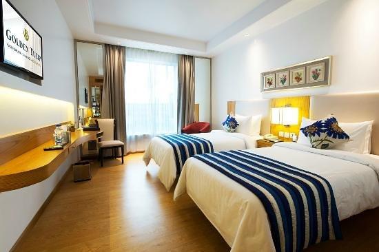 Golden tulip vasundhara ghaziabad hotel reviews - Swimming pool in vaishali ghaziabad ...