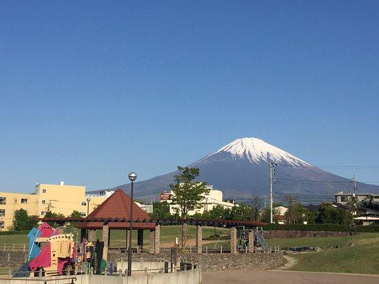 โกเท็มบา , ญี่ปุ่น: 朝日友愛パーク