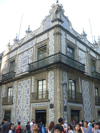 House of tiles casa de los azulejos mexico city for Casa de los azulejos cordoba tripadvisor