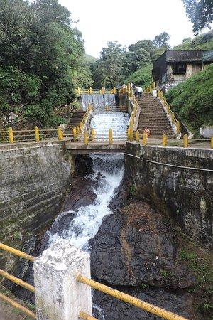 Honnammana Halla Waterfalls