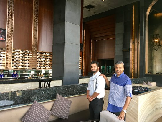 Paasha: Bartender Kamalesh