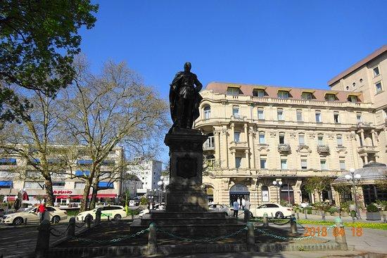 Kaiser-Friedrich-Denkmal