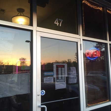 Zion Crossroads, فيرجينيا: Il Castello Italian Restaurant & Pizza