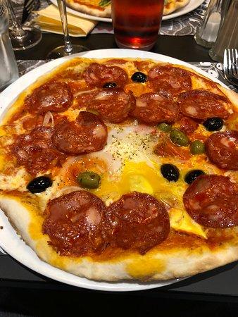 Moretti Ristorante & pizzeria: Pizza salami Calibra