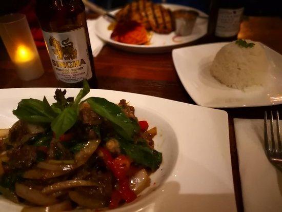 Sehr gut thailändisch essen!