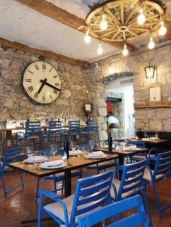 La Salle A Manger Picture Of La Chaise Bleue Gourmande Nice