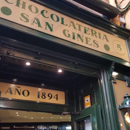 Chocolatería San Ginés: photo1.jpg