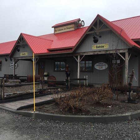 Mont-Joli, แคนาดา: photo0.jpg