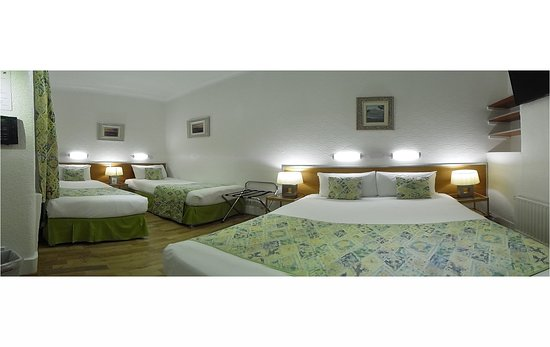 Falcon Hotel: Family/Quad Room