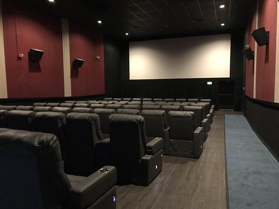 ‪Flagship Premium Cinemas - Wells‬
