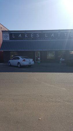 Pequot Lakes, MN: store front