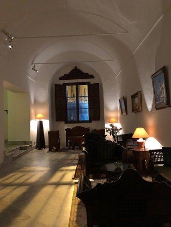 Grand palais dans un décor du Petit Palais