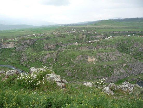 Река Раздан делает восмерку